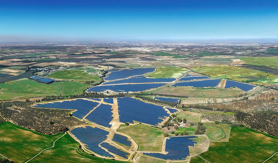 """西班牙南部的175兆瓦 太阳能电厂""""DON RODRIGO"""""""
